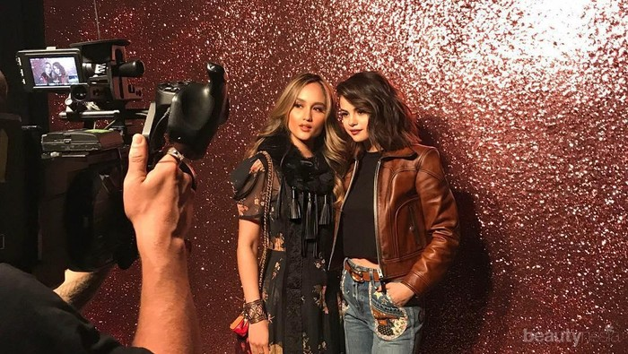 Hadiri New York Fashion Week, Gaya Artis Indonesia Ini Tak Kalah Keren dari Artis Hollywood