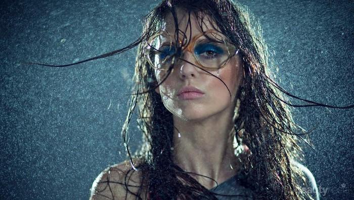 Tak Peduli Hujan, Make Up Kamu Akan Tetap On Kalau Kamu Melakukan Hal Ini Sebelumnya!
