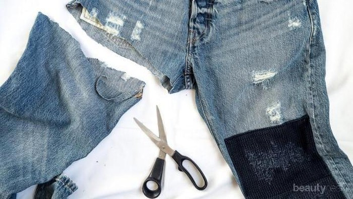 Daripada Dibuang, Sulap Celana Jeans Bekas Kamu Jadi Item Lucu Seperti Ini Yuk!