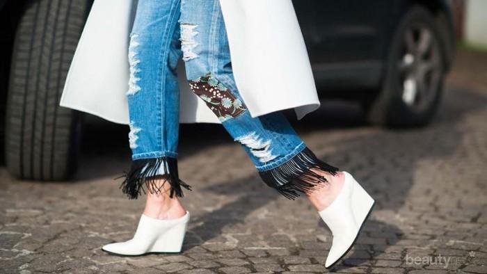 4 Model Sepatu Ini Bakal Cocok Banget Untuk Dipadukan dengan Fringe Jeans!
