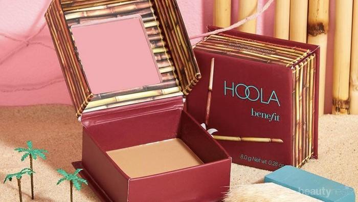Tampil Eksotis dengan Benefit Hoola Bronzer Yuk! Intip Reviewnya di Sini!