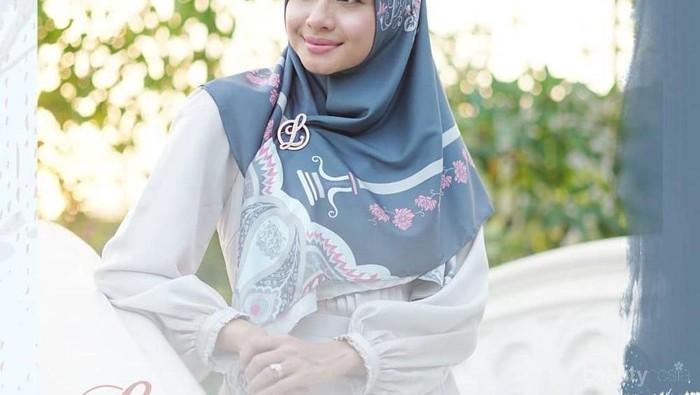 [FORUM] Harganya Mahal, Menjamin Hijab Jualan Artis Bagus Nggak?