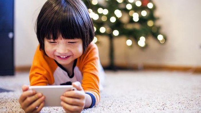 Anakku Kecanduan Gadget, Bagaimana Cara Mengatasinya?