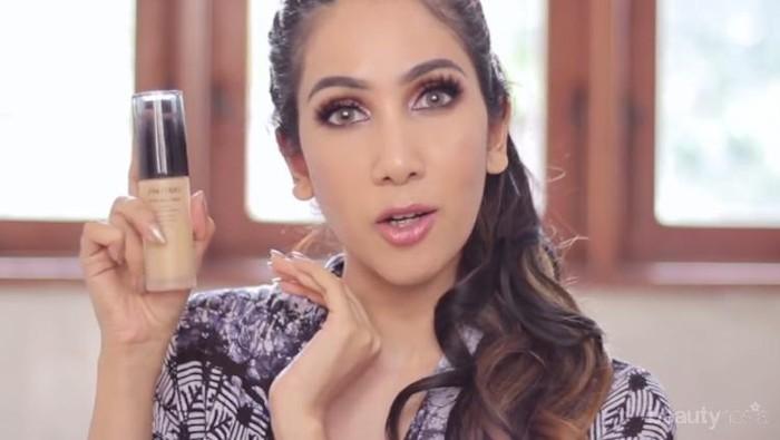 [FORUM] Kenapa ya kalau Suhay Salim review makeup gitu, pasti semua orang pengen beli?