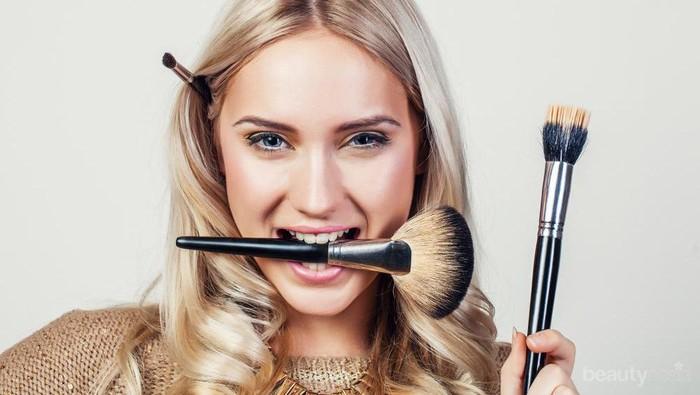 Aneh atau Unik, Ini Berbagai Brush Make Up dengan Bentuk yang Tidak Biasa!