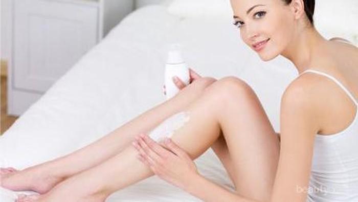Ladies, Ini Rekomendasi 3 Body Lotion Malam yang Ampuh Cerahkan Kulitmu