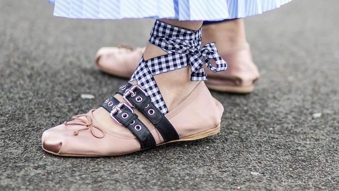 Mau Sepatu Bagus dengan Harga Super Murah di Jakarta? Di Sini Tempat Surganya Belanja!