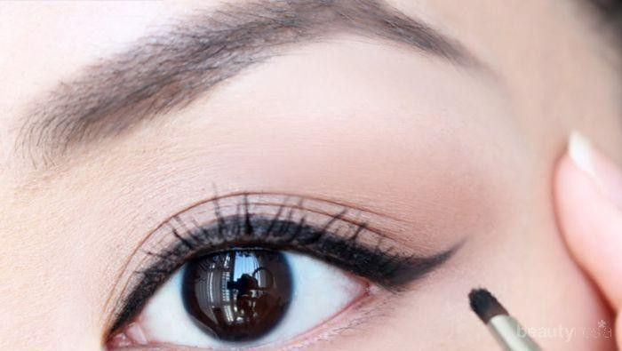 [FORUM] Gimana sih biar pakai eyeliner gel itu nggak berantakan?