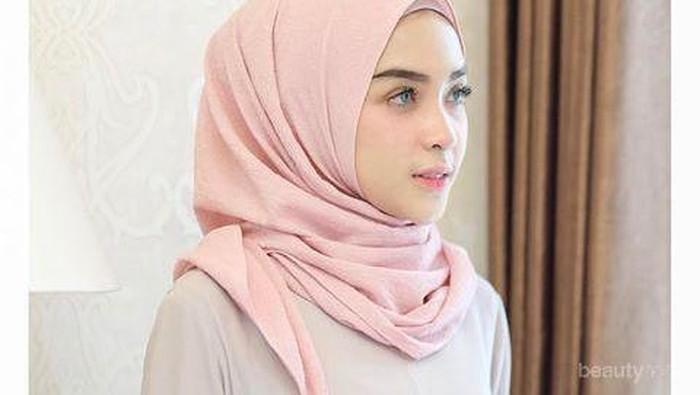 Nah, Ini Dia Style Hijab Terkini Ala Hamidah Rachmayanti Yang Bikin Kamu Terlihat Modis!