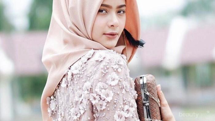 Tak Berlebihan, Ini Tutorial Hijab Wisuda Simpel Kekinian yang Bisa Kamu Buat Sendiri
