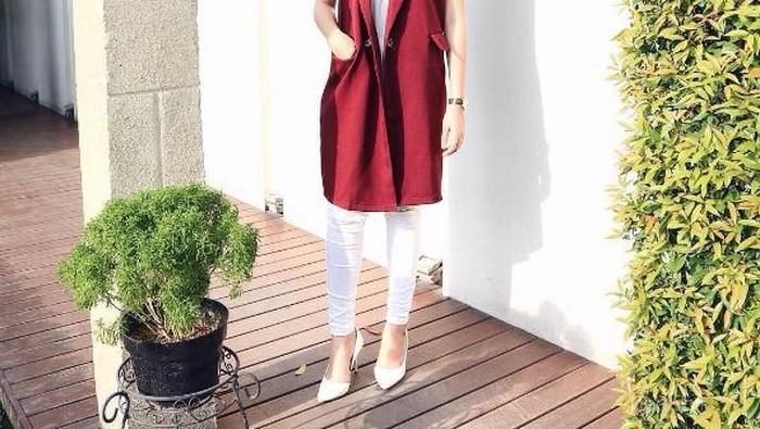 [FORUM] Setuju gak pakai baju warna merah marun jadi terlihat cantik?