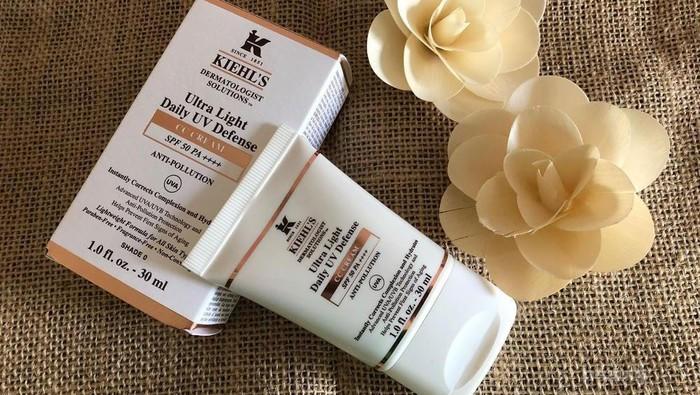 Wajah Lebih Terlindung dari Polusi dengan Kiehls Ultralight Daily UV Defense CC Cream