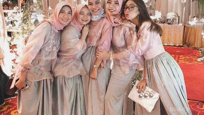 [FORUM] Suka bingung bikin baju bridesmaid, ada rekomendasi Instagram khusus nggak?