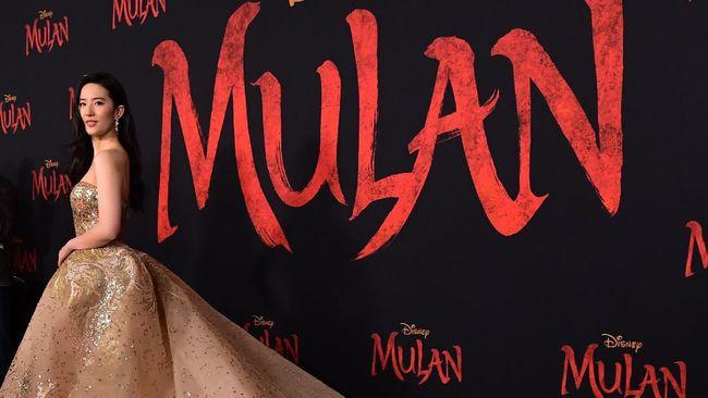 Gala premier Mulan di Amerika Serikat berlangsung meriah, bukan hanya itu, film ini bahan disambut hangat dengan berbagai pujian kritikus.