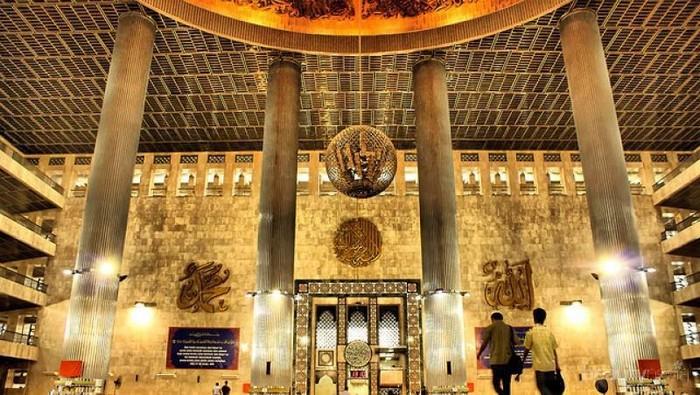 Wah, Ini Dia 4 Masjid yang Recommended untuk Destinasi Wisata Religi di Jakarta!