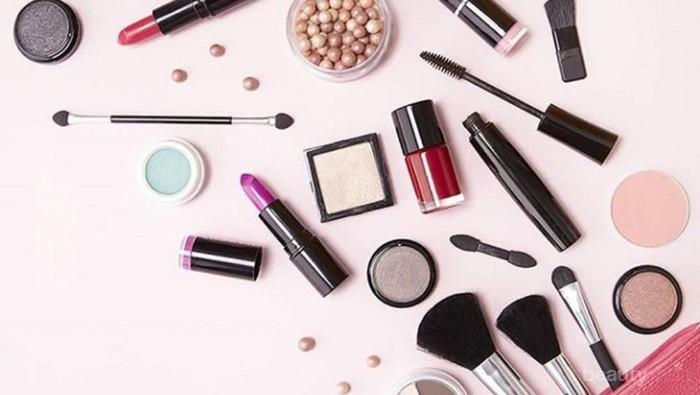 #FORUM Makeup kadaluarsa sebaiknya diolah atau langsung dibuang saja?