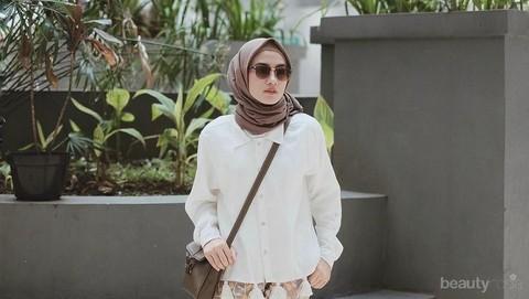 Yuk Intip Tutorial Hijab Bahan Katun Super Simpel Untuk Hangout Di Akhir Pekan