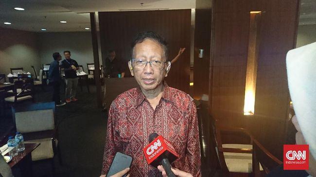 IDI menyebut kerumunan warga yang muncul saat kunjungan Presiden Jokowi di NTT merupakan kesalahan protokoler.
