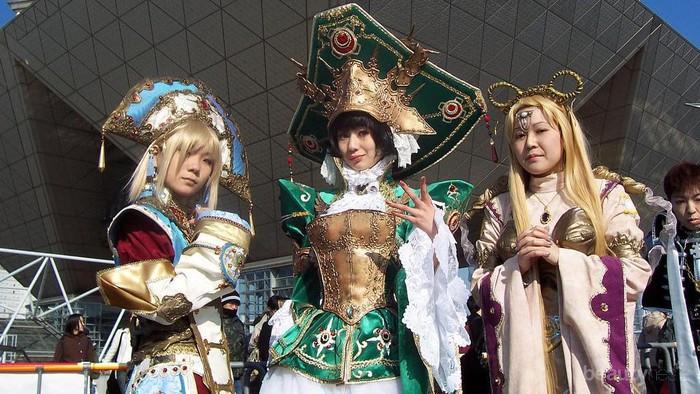 [FORUM] Ada yang suka ikut cosplay? Biasanya sewa, bikin atau beli sendiri pakaiannya?