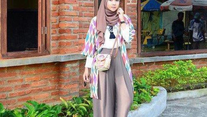 Ladies, Ini Dia Inspirasi Tampil Fashionable dengan Pilihan Outer Kekinian