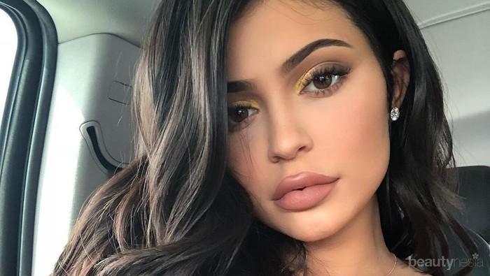 [FORUM] Cantik Banget Kylie Jenner Pakai Hair Extension!