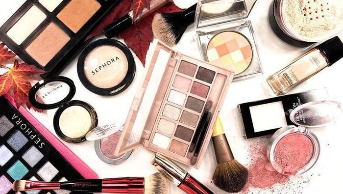 #FORUM Berapa Uang yang Kamu Habiskan untuk Membeli Makeup dalam Sebulan?