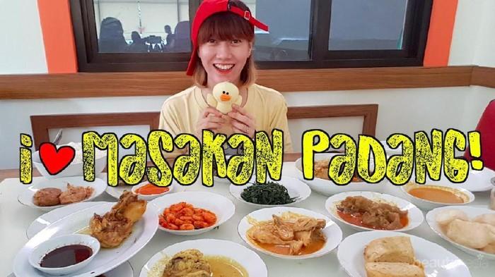 Ladies, Ini Lho 5 Keunikan Rumah Makan Padang yang Mungkin Belum Kamu Tahu!