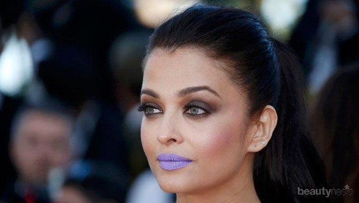 Supaya Tak Terlihat Aneh, Sebaiknya Warna Lipstik Ini Kamu Hindari