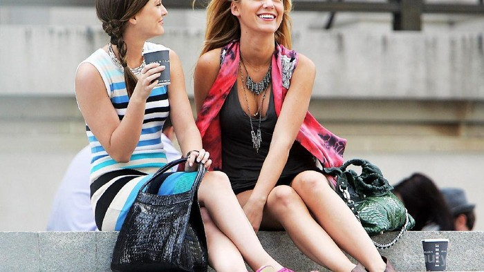 Kehabisan Ide Untuk Outfit Hari Ini? Contek Gaya Fashionable 4 Tokoh Film Populer Ini yuk!