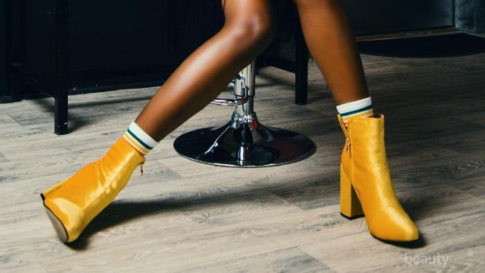 Jangan Dibuang, Ini Tips Mengakali Sepatu Kebesaran Supaya Pas Dipakai