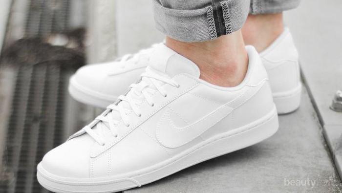 Mencuci dan Merawat Sneakers Putih Tidak Susah Kok, Ini Buktinya!