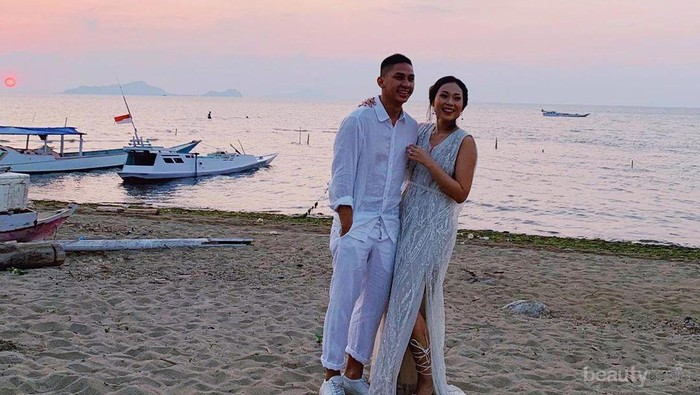 Momen Bahagia Pesta Pernikahan Ayla Dimitri di Pulau Komodo