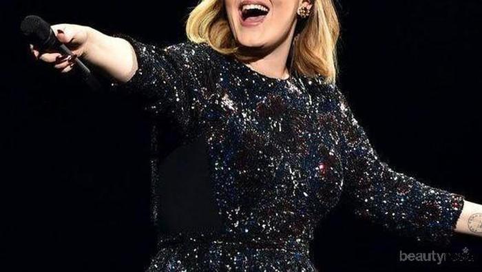 Terlihat Berbeda, Simak Transformasi Adele dari Awal Debut Hingga Kini