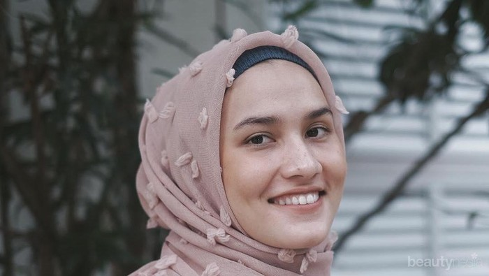 Ladies Tau Gak Sih? Warna-Warna Hijab Berikut Ternyata Malah Bikin Wajahmu Kusam Lho! Duh...