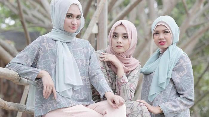 Wah, Merek Hijab Berikut Ternyata Favorit Para Cewek Indonesia Lho! Kamu Sudah Punya Belum?