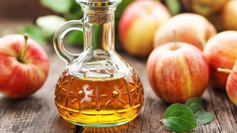 3 Cara Menggunakan Cuka Apel Untuk Perawatan Wajah Bisa Dibuat Toner Hingga Scrub