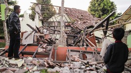 Warganet Kenang 14 Tahun Gempa 57 Detik Yogyakarta
