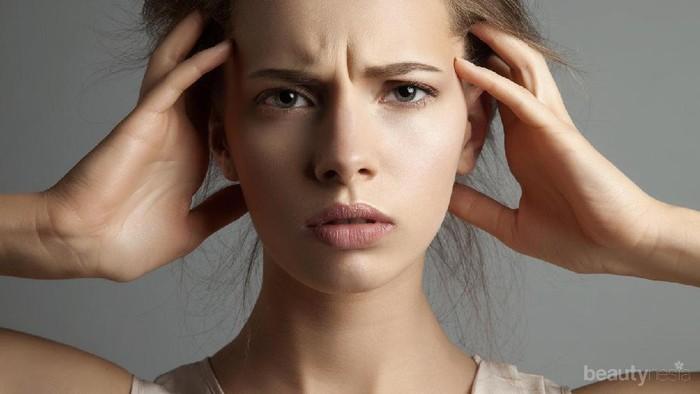 Cemas Banget!! Telat Menstruasi 2 Minggu, Wajarkah atau Tanda Hamil??
