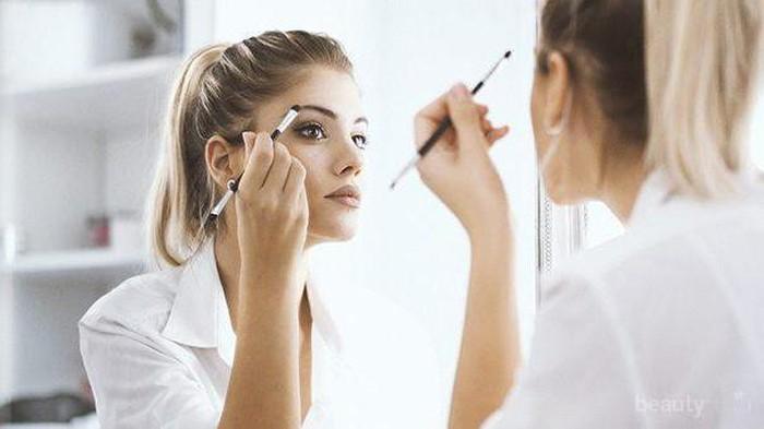 Tips Touch Up Makeup untuk Kembalikan Kesempurnaan Riasan