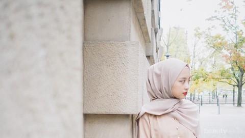 Agar Tampilan Di Kampus Lebih Kekinian Ikuti Tips Dan Tutorial Hijab Pashmina Ala Gita Savitri Ini