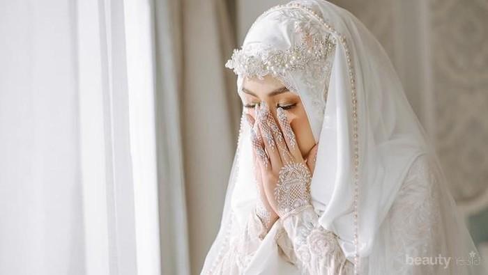 Inspirasi Gaun Pengantin Muslimah ala Artis Indonesia