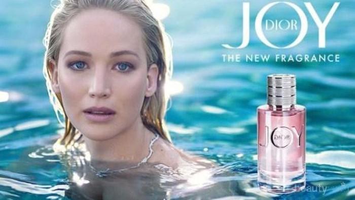 Suka Parfum Aroma Floral Fruity dan Feminin? Coba Pakai Joy by Dior