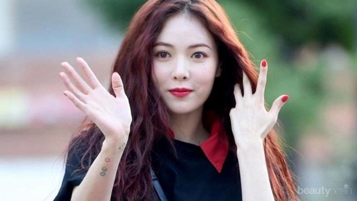 #FORUM Uda Tau Belum Tren Pakai Baju tanpa Celana di Korea?