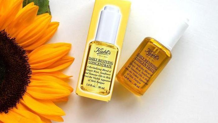 Ringan dan Tidak Berminyak, Facial Oil Ini Sempurna Dipakai di Pagi Hari!