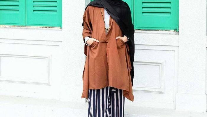 Pilihan Gaya Hijab Casual untuk Hijabers yang Bertubuh Gemuk Agar Terlihat Lebih Stylish