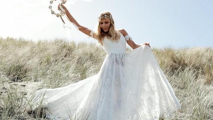 Ladies, Buat Pesta Pernikahan Outdoor Kamu Lebih Istimewa dengan Inspirasi Gaun Pernikahan Ini