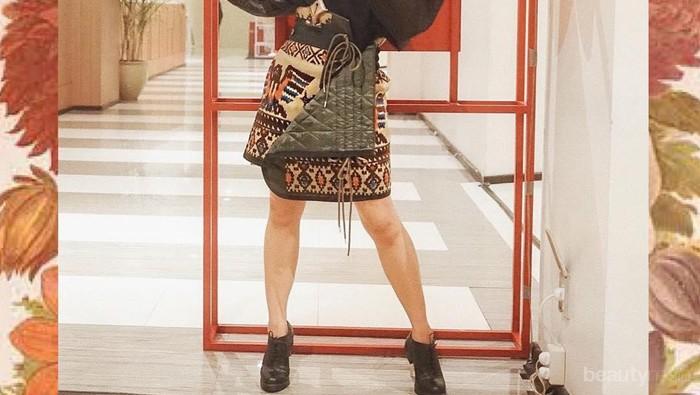 Suka Berburu Item Fashion Bekas, Intip 7 Gaya Andien Aisyah yang Tetap Berkelas!