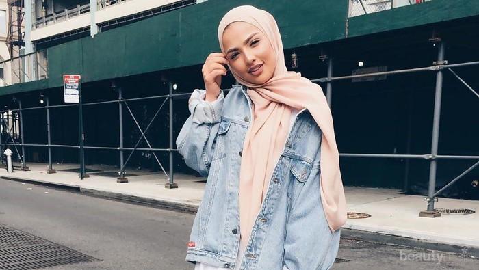 Wah, Ini Dia Tips Memadukan Jaket Jeans Anti Boring Untuk Para Hijabers!
