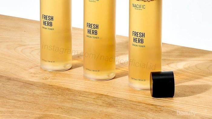 Review Nacific Fresh Herb Origin Toner, Ampuh Usir Jerawat dan Mencerahkan Wajah!
