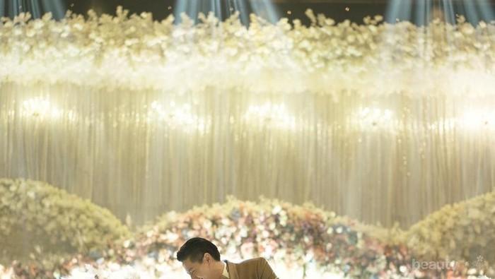 Selain Cut Meyriska, 4 Artis Ini Juga Menikah dengan Pasangan Berdarah Tionghoa